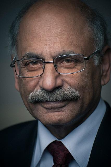 Headshot of Dr. Munir Sheikh in Calgary by portrait photographer Brett Gilmour